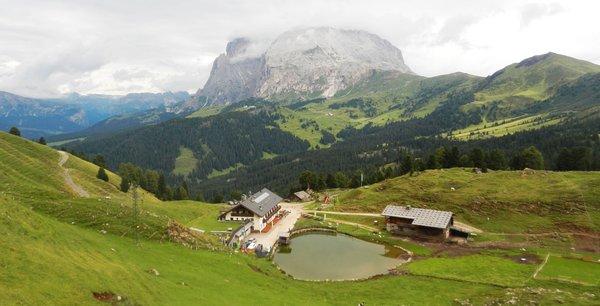 La posizione Rifugio con camere Mahlknechthütte Alpe di Siusi