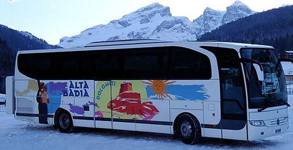 Taxi Alta Badia Bus TradItDeEn [it=San Cassiano e Armentarola, de=San Cassiano und Armentarola, en=San Cassiano and Armentarola]