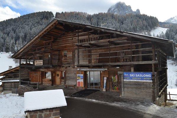 Presentation Photo Ski rental Ski Service Saslong