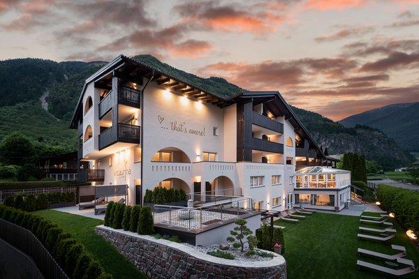 Photo exteriors in summer Vitaurina Royal Hotel