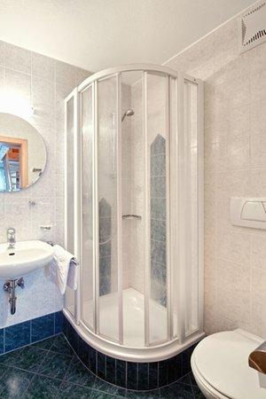 Foto del bagno Appartamenti in agriturismo Huberhof