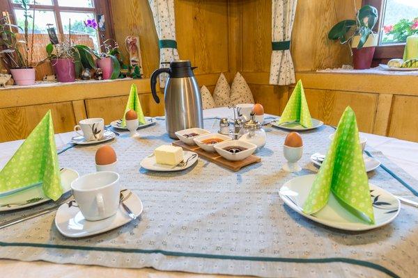 La colazione Lahnerhof - Appartamenti in agriturismo 3 fiori