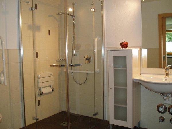 Foto del bagno Appartamenti in agriturismo Mesnerhof