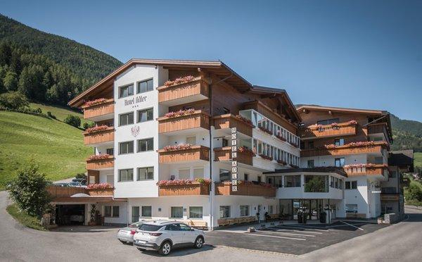 Foto estiva di presentazione Aparthotel Adler