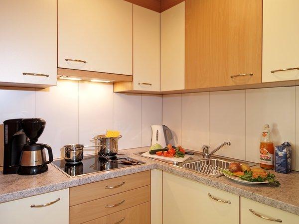 Foto della cucina Appartement Hotel Deluxe Erlhof