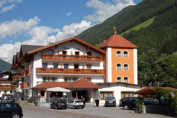 Foto estiva di presentazione Hotel Neuwirt