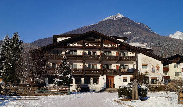 Winter presentation photo Schwarzbachhof - B&B (Garni)-Hotel 3 stars