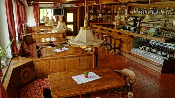 Il ristorante Lutago Schwarzbachhof