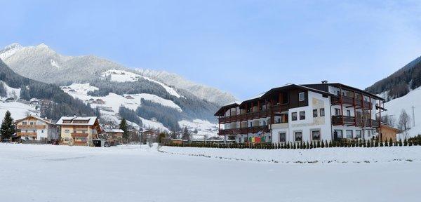 Foto esterno in inverno Family Hotel Stegerhaus