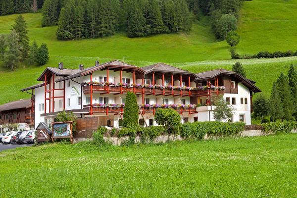 Foto estiva di presentazione Family Hotel Stegerhaus - Hotel 3 stelle