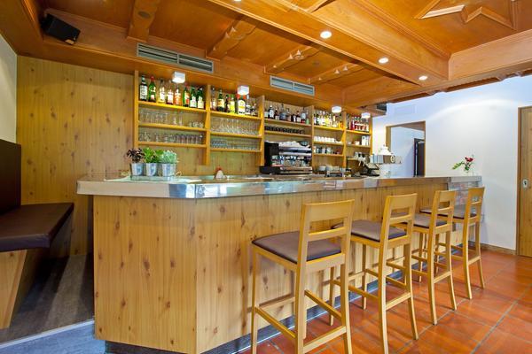 Foto del bar Family Hotel Stegerhaus