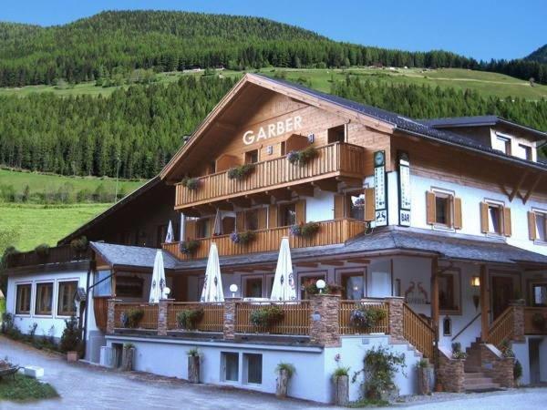Hotel dependance garber st jakob ahrntal und - Hotel valle aurina con piscina ...