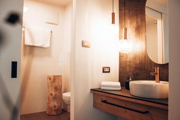Foto del bagno B&B-Hotel Schönberg
