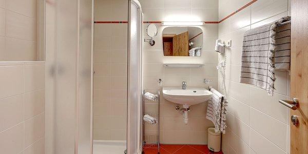 Foto del bagno Garni (B&B) + Appartamenti Bergkristall