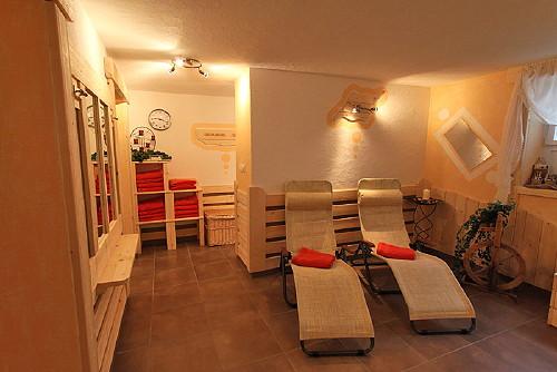 Foto del wellness Garni (B&B) + Appartamenti Bergkristall