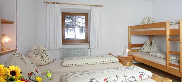 Foto della camera Camere + Appartamenti in agriturismo Enzhof