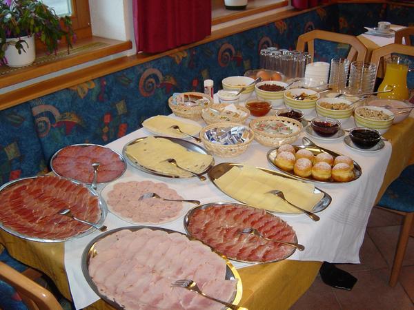 La colazione Alpenresidence - Garni (B&B) + Appartamenti 2 stelle
