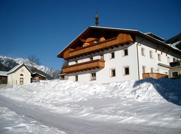 Foto invernale di presentazione Großarzbachhof - Camere + Appartamenti in agriturismo 3 fiori