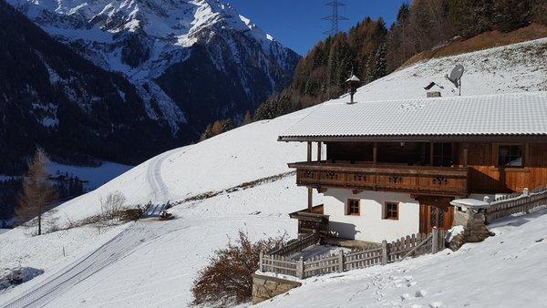 Foto Außenansicht im Winter Grossgasteigerhof