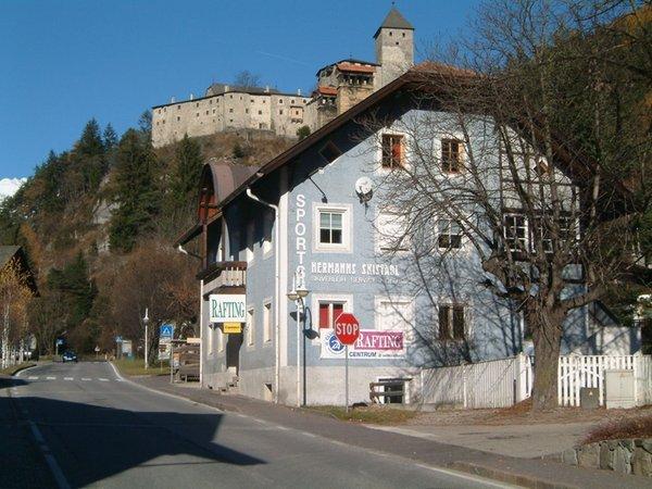Präsentationsbild Skiverleih Hermann's Skistadl