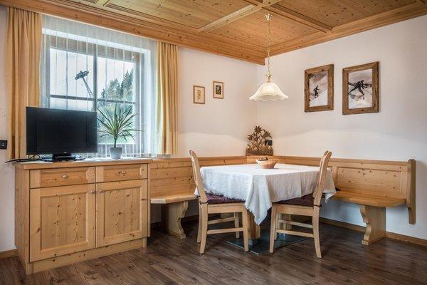 Wohnraum Col da Vënt - Ferienwohnungen 3 Sonnen