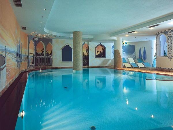 Albergo alba wellness beauty hotel canazei val di fassa - Hotel moena piscina ...