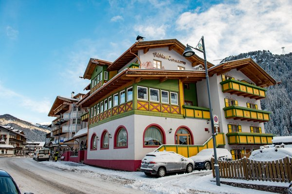 Foto invernale di presentazione Alpino al Cavalletto - Albergo 3 stelle