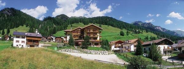 Foto estiva di presentazione Dolomites Inn - Albergo 3 stelle