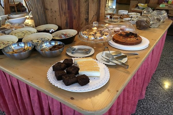 La colazione Joy B&B Fedaia - Bed & Breakfast 3 stelle