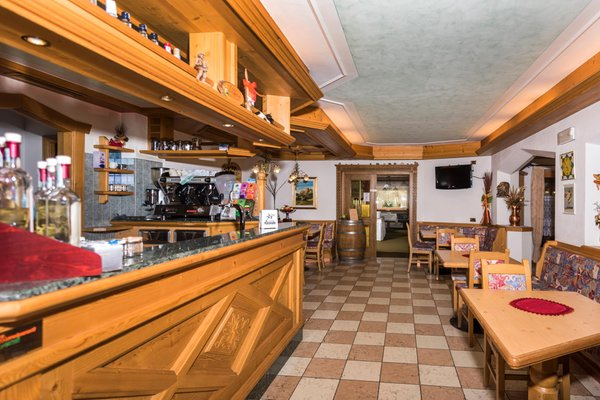 Foto del bar Dolomiten Hotel Irma