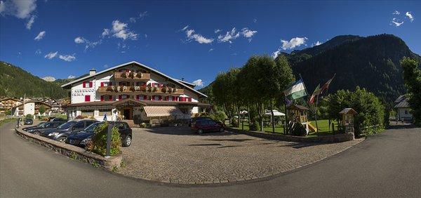 Foto estiva di presentazione Dolomiten Hotel Irma