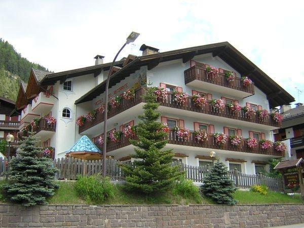 Foto estiva di presentazione Piccolo Hotel - Albergo 3 stelle
