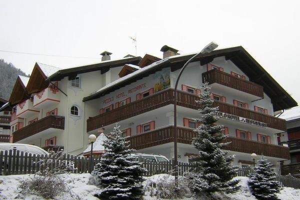 Foto invernale di presentazione Piccolo Hotel - Albergo 3 stelle
