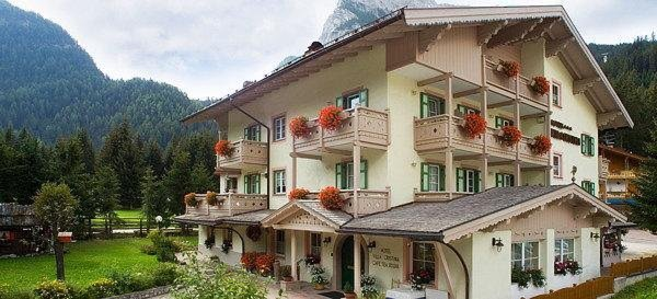 Foto estiva di presentazione Alpine Boutique Villa Cristina - Hotel 3 stelle