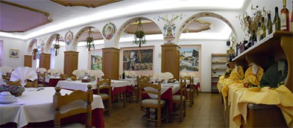 Il ristorante Penia di Canazei (Canazei) Villa Agomer