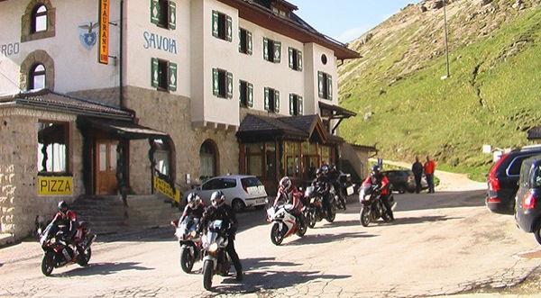 Gonzaga - Hotel + Residence 3 stelle Passo Pordoi (Canazei)