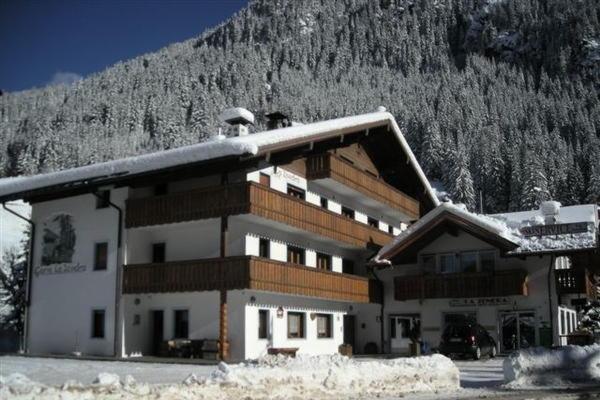 Foto invernale di presentazione La Zondra - Garni (B&B) 3 stelle