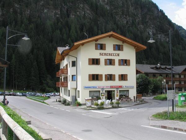 Foto esterno Hotel Serenella - dependance Hotel Sella Ronda