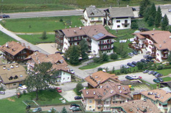 La posizione Garni (B&B) Tyrolia Fontanazzo (Mazzin)