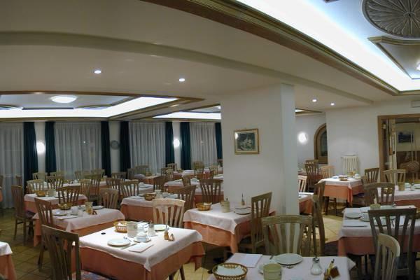 Il ristorante Pozza di Fassa El Pilon