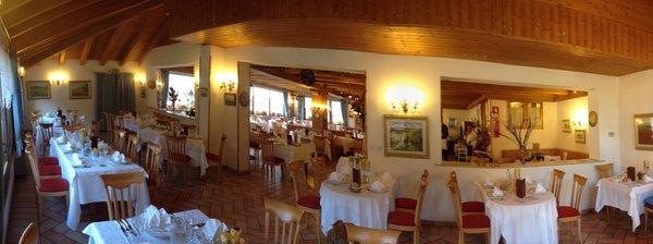 Il ristorante Pozza di Fassa Park Hotel Mater Dei