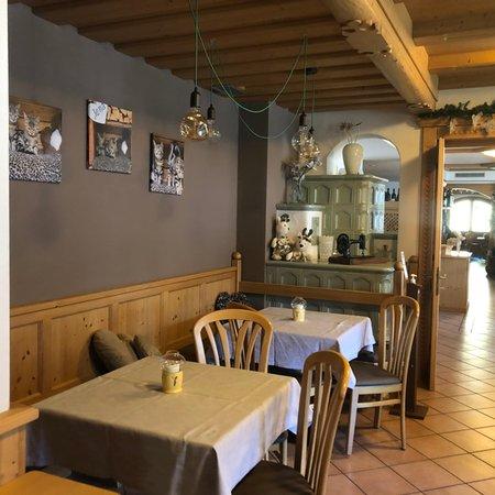 Il ristorante Pozza di Fassa Alpine Touring Hotel