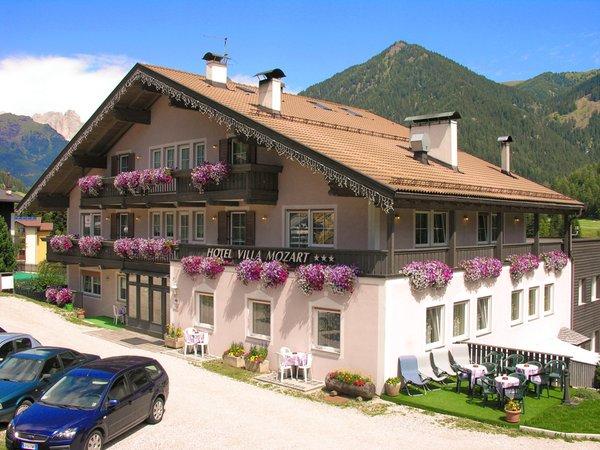 Foto estiva di presentazione Villa Mozart - Hotel 3 stelle
