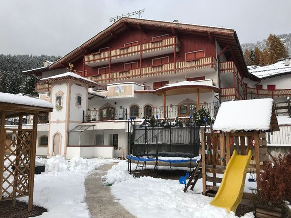 Foto esterno in inverno Andes Hotel Family & Wellness