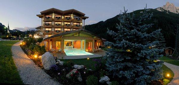 Foto estiva di presentazione Active Hotel Olympic - Hotel 4 stelle sup.