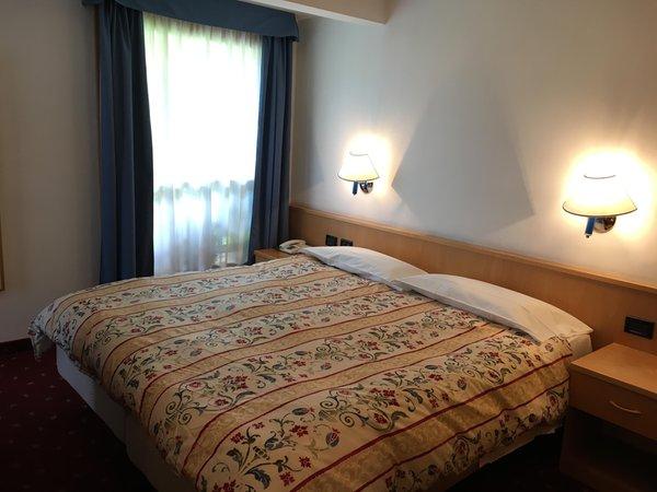 Foto vom Zimmer Garni (B&B) Enrosadira