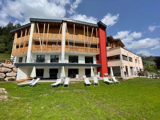 Summer presentation photo Hotel Miravalle