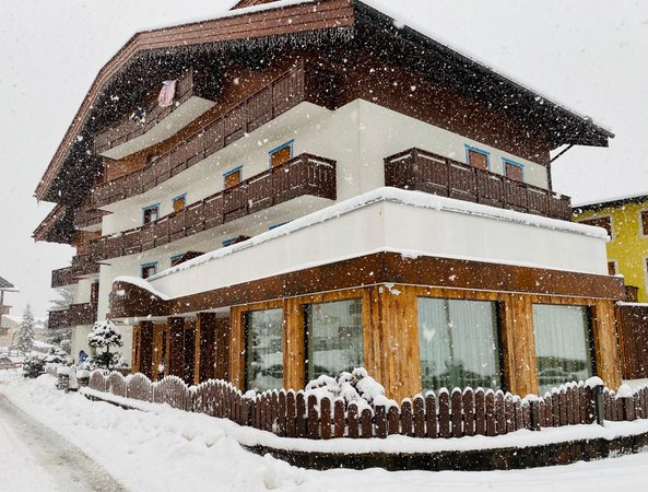 Foto esterno in inverno Ciampian