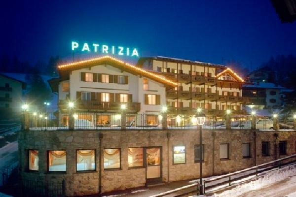Foto invernale di presentazione Patrizia - Albergo 3 stelle sup.