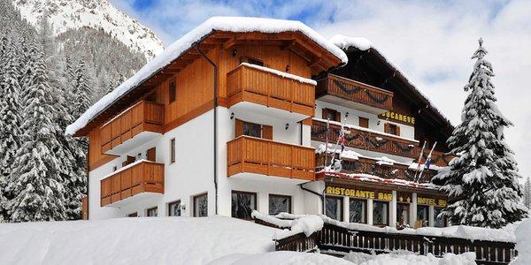 Foto invernale di presentazione Hotel Bucaneve